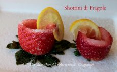 Shottino di fragole da bere e da mangiare | Shot per party